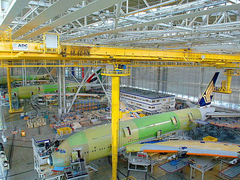 A380_Final_Assembly_Line_in_Toulouse.JPG