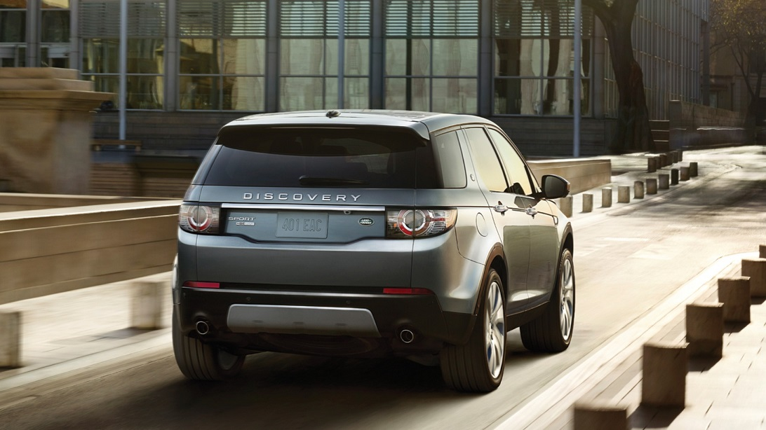 Land Rover Discovery Sport 03.jpg