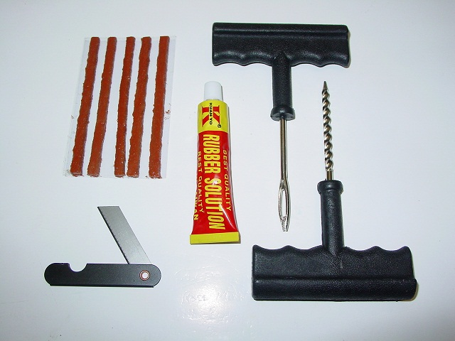 tubeless repair kit.JPG